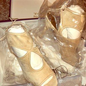 Brand new aquazurra nude suede heels